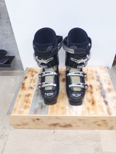 Head  Edge  7  Ski  Boots  -  Used